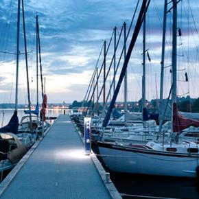 Sova i båt, studieresa till Danmark, Godsinlösen